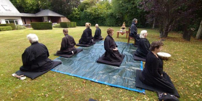 Meditatie In De Tuin